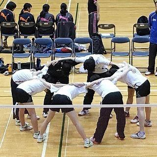 1.円陣(準決前) (1).jpg